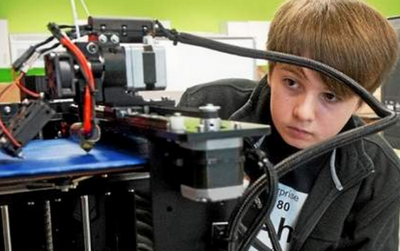 Michigan students get 3D printers from the 3D Center of Excellence