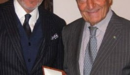 Dr. Antonio Bernardo Receives GEI Award
